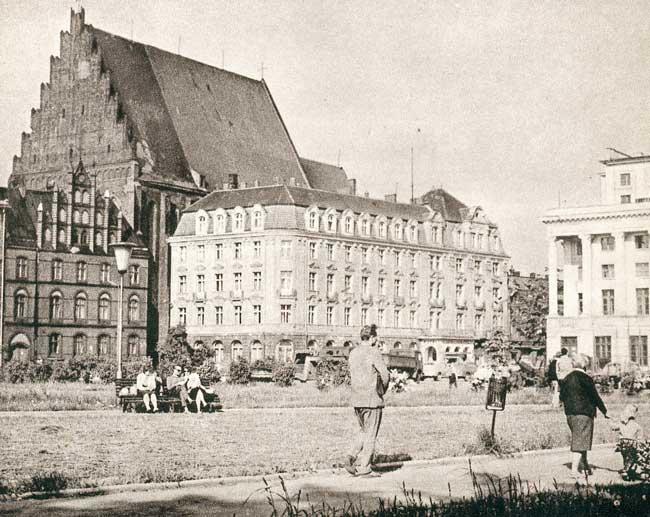 https://wroclaw.fotopolska.eu/foto/28/28496.jpg?m=1064086162
